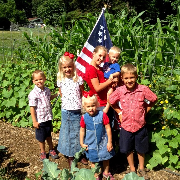 Independence Day with kids in garden